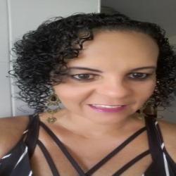 Liana Arantes profile image