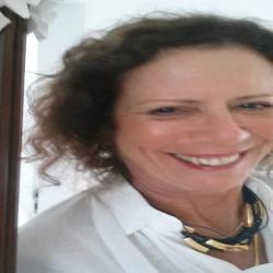 Vera  Nogueira profile image