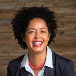 Paula Kahumbu profile image