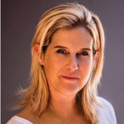 Julie Laurenz profile image